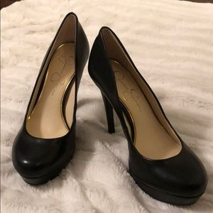 Jessica Simpson black pumps, NWOT